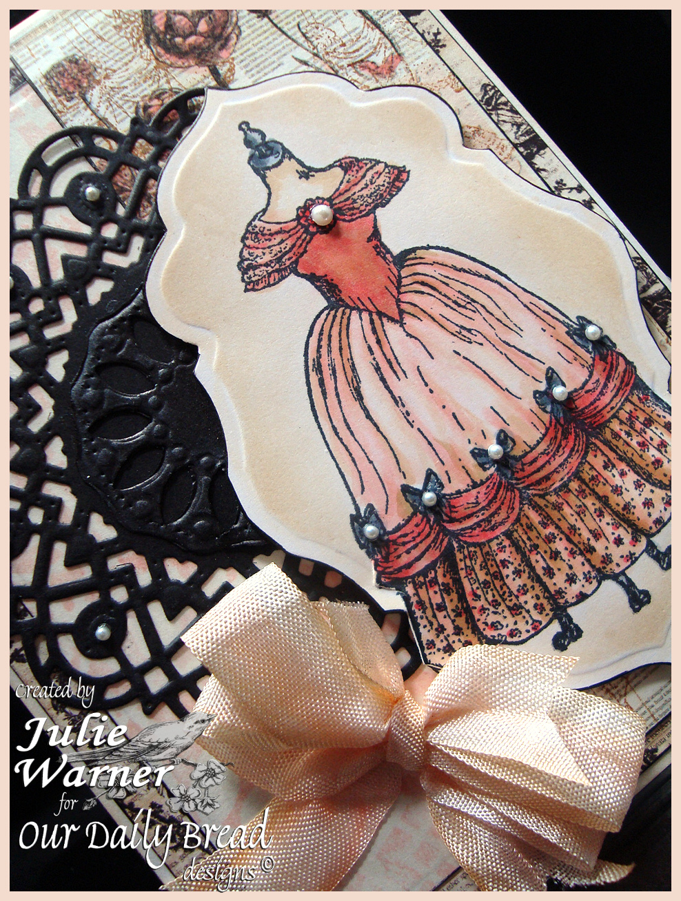 Antique Dress Form cu 04477