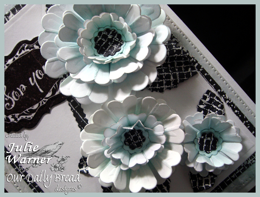 Aqua Flowers cu 07394