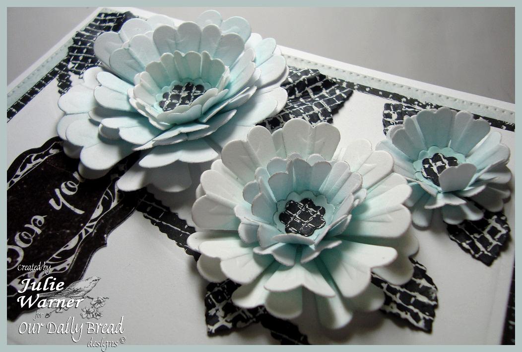 Aqua Flowers xcu 07392
