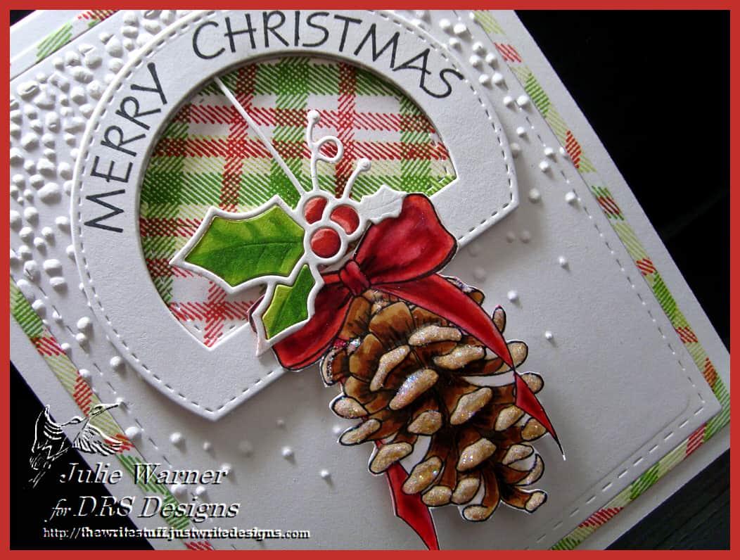 pinecone-christmas-cu-09977